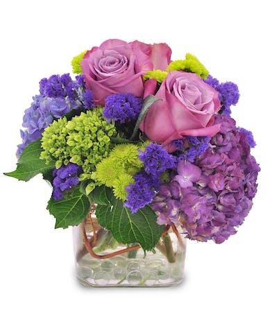Gentle Breezes - Spring Hydrangea - Rose Deisgn - Trumbull, Shelton, CT