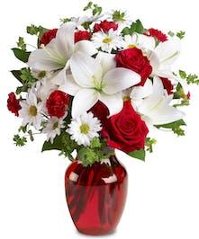 Valentine's Day Love Arrangements Trumbull, CT - City Line Florist
