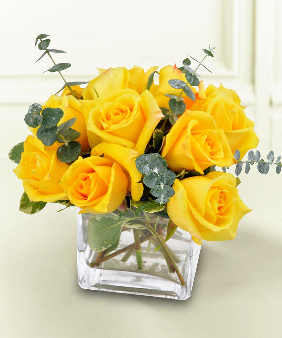 You Make Me Smile Yellow Roses Available Same Day Flower Delivery