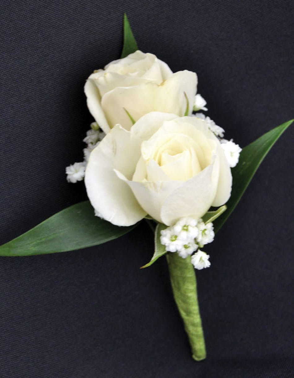 Sweetheart Spray White Roses Boutonniere Prom Corsage Wristlet